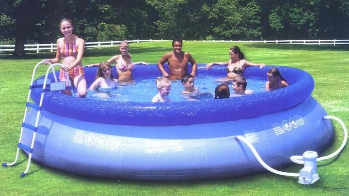 aufblasbares Schwimmbecken